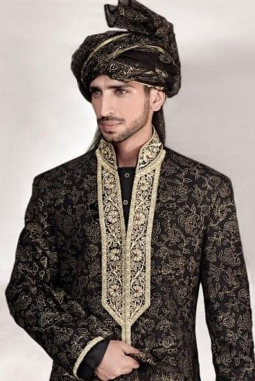 Asian wedding clothes for men can help