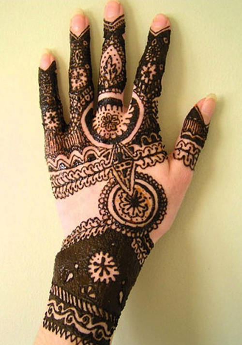 Mehandi-Design-for-Back-side