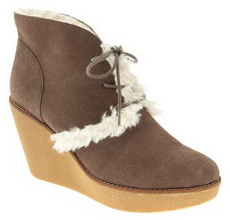 Gap Winter Shoes for Women