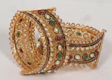 Kundan And Preal Beaded Gol