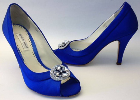 Style Bisset by Benjamin Adams dyed in Manolo Blue