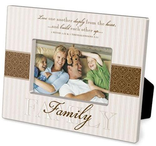 family_photo_frames