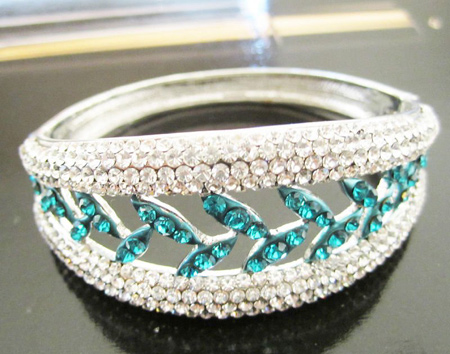top-fashion-diamond-bangle-