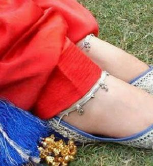 Stylish Desi Punjabi Jutti 2017