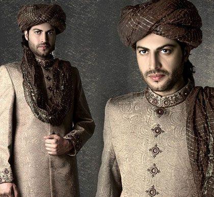 Groom Designer Sherwani And Kulla Style