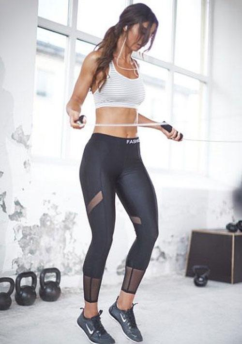 Ladies Stylish Gym Wear 2018