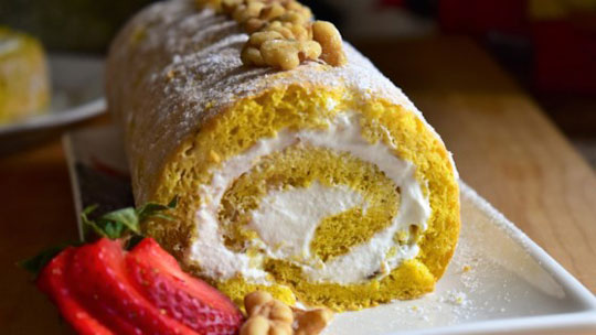 Walnut Cream Roll