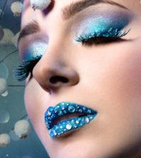 Makeup Tips And Tircks With Glitter Beautiful Lips