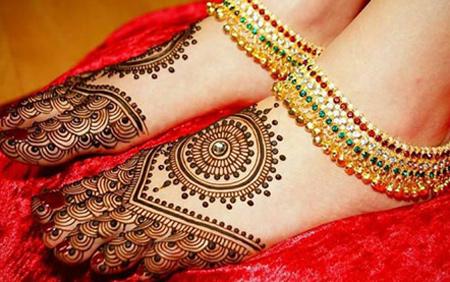 Bride Mehendi Design